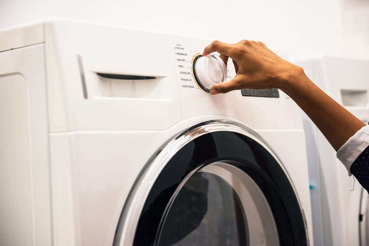 Adjusting Clothes Dryer Settings